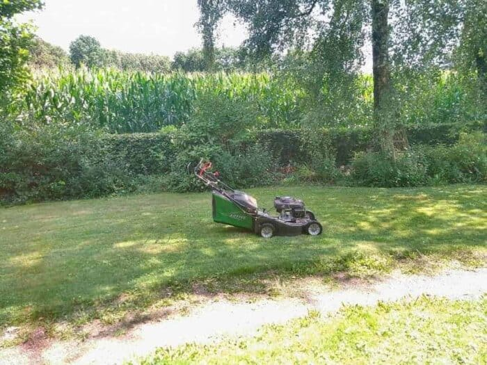 Als mijn man gras maait: wat ontbreekt er aan de foto?