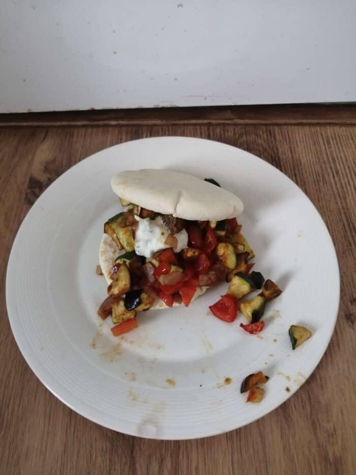 Pitabroodje met Turkse groente kebab